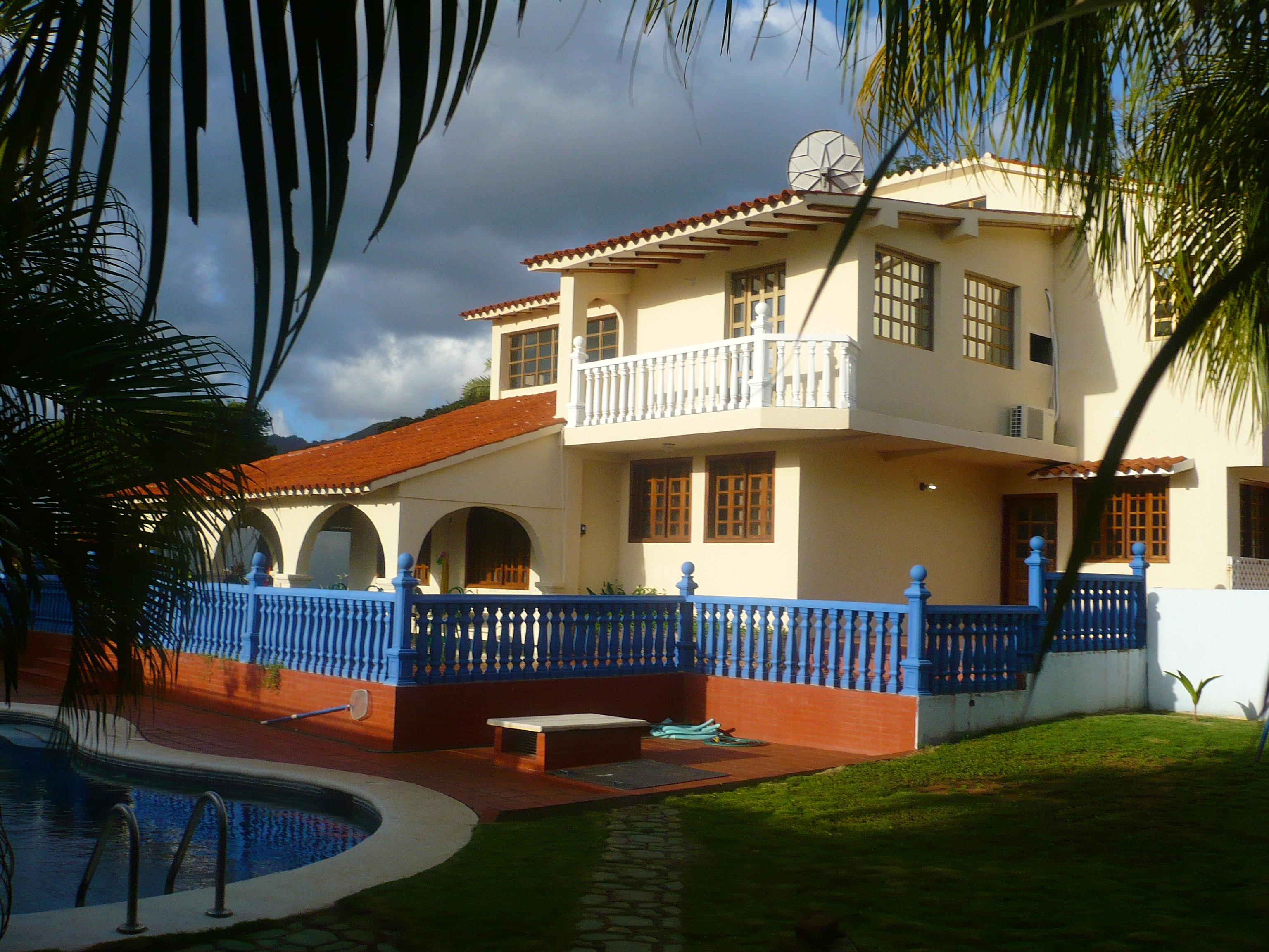 Alquileres de apartamentos en isla de margarita alquiler for Alquiler de casas vacacionales con piscina